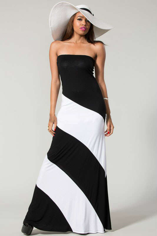 How to accessorize black and white maxi dress