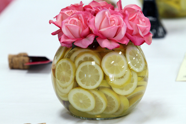 Design your own fruit and flower centerpieces