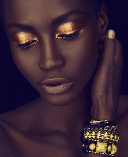 Golden yellow eyeshadow