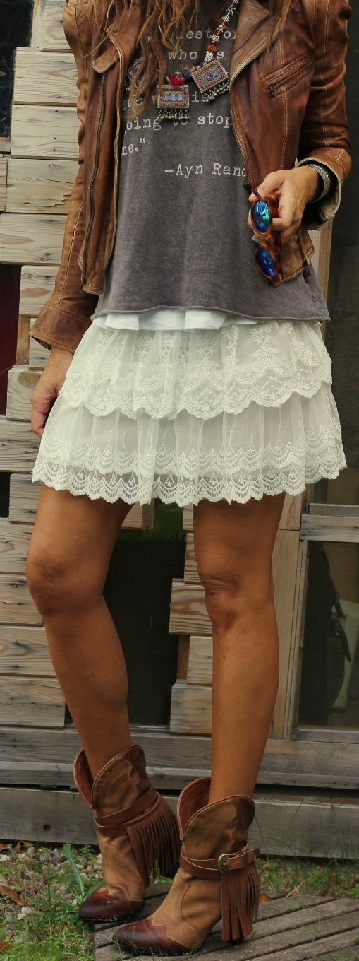 Graphic shirt and lace skirt
