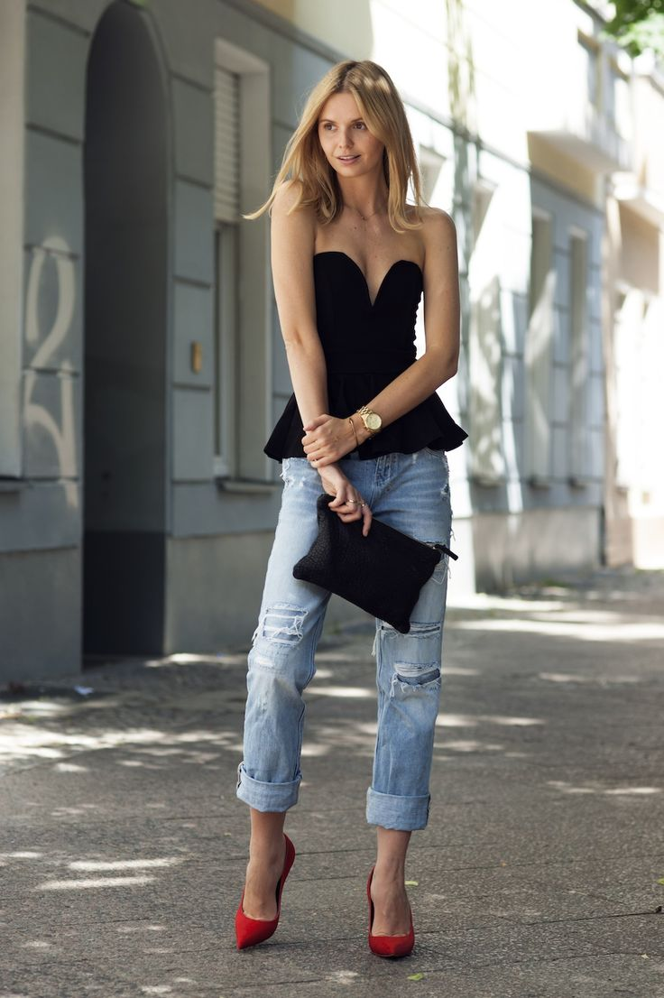 Halter and boyfriend jeans