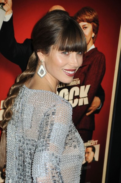 Jessica Biel's Twisted Ponytail with Blunt Bangs