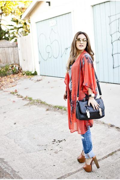 Kimono and jeans