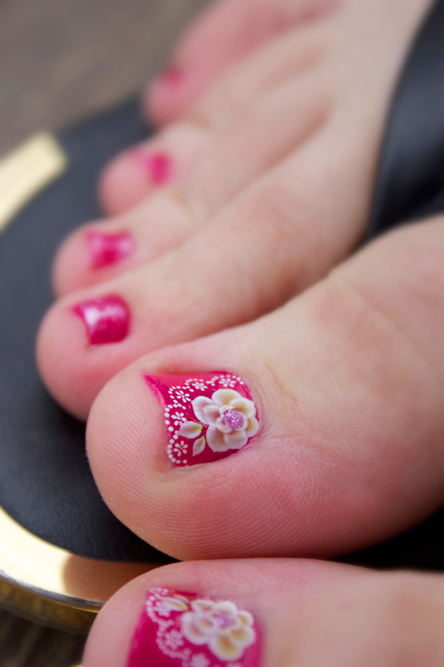 Lace pedicure
