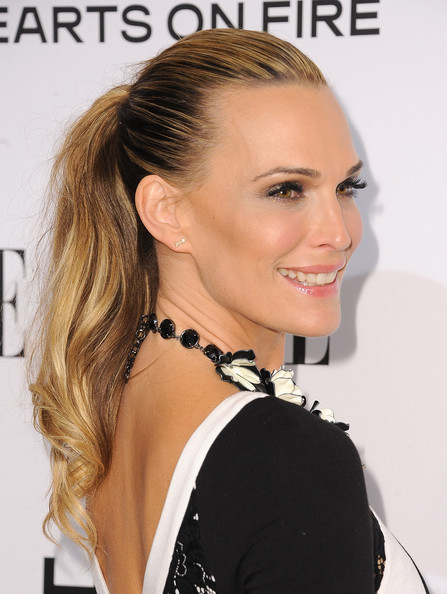Molly Sims'  Simple Ponytail