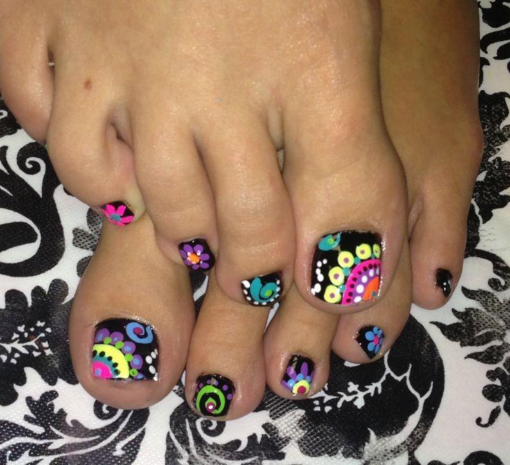 Mosaic toes