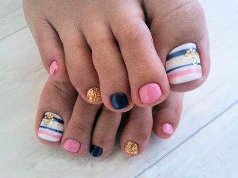 10 more super cute pedicure trends  crazyforus