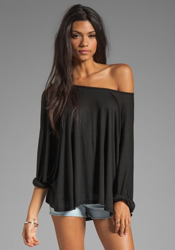 Off-shoulder oversized shirt