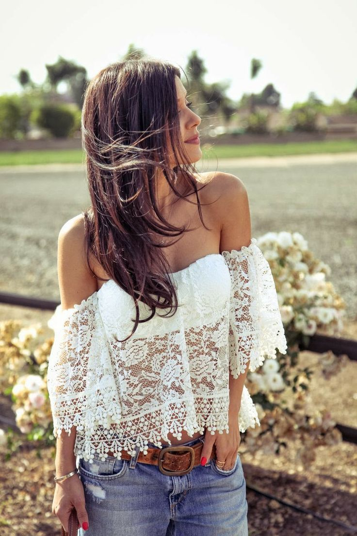 Off the shoulder lace