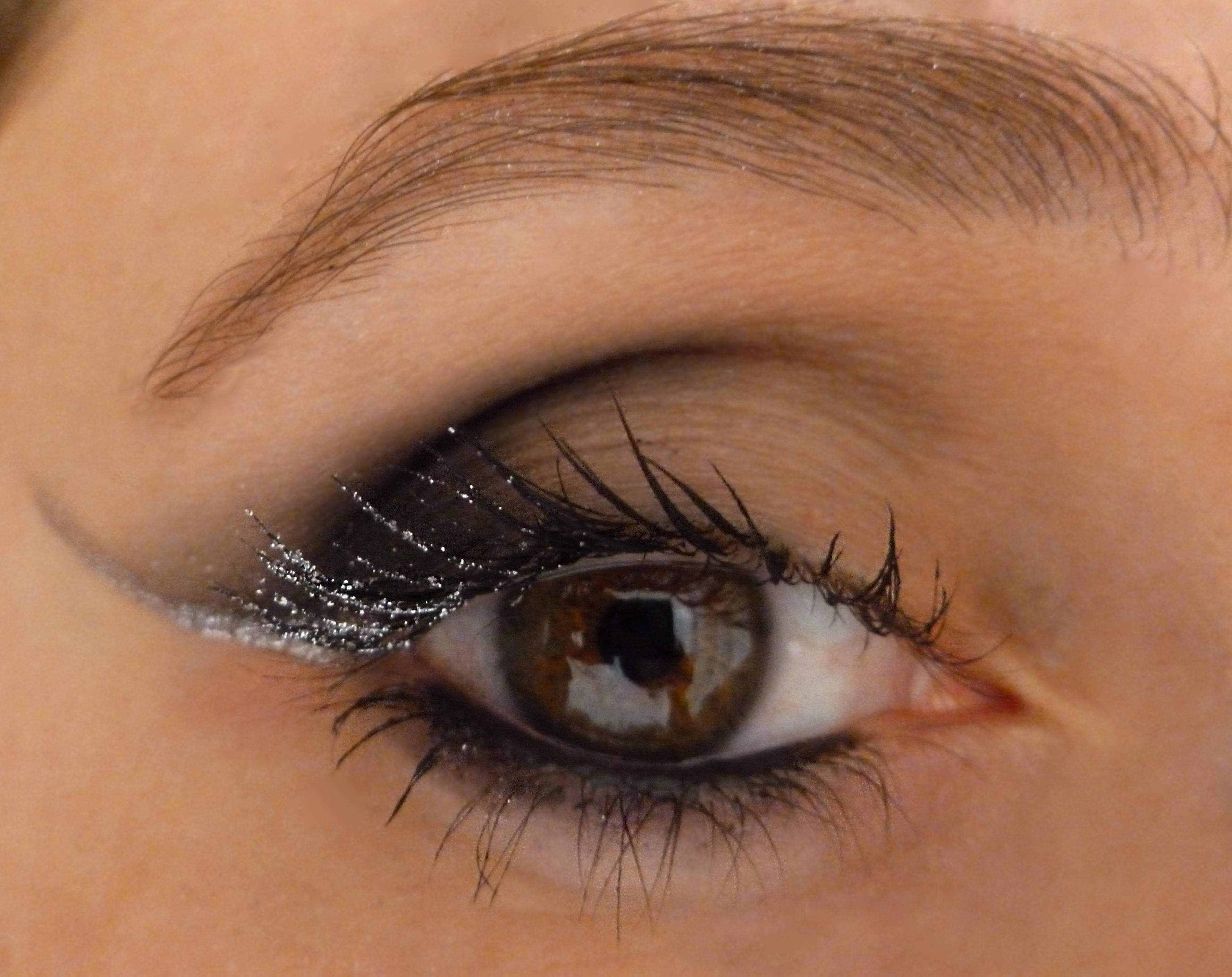 Silver mascara