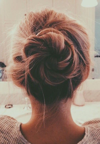 Simple Twister Bun
