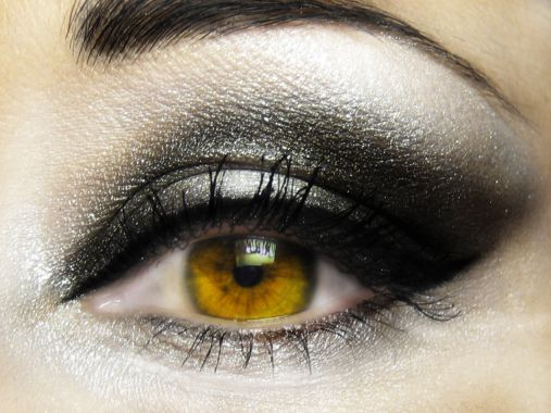 Super smoky eye