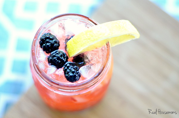 Tequila Blackberry Lemonade