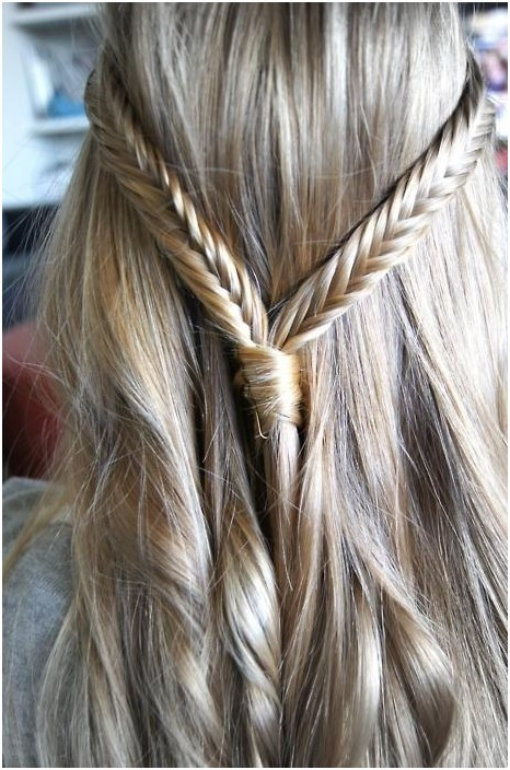 Thin fishtails with a small knot