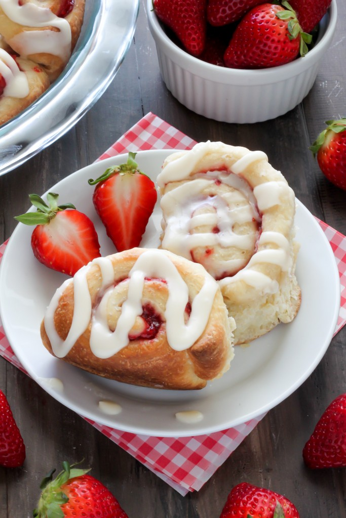 Vanilla glazed strawberry rolls