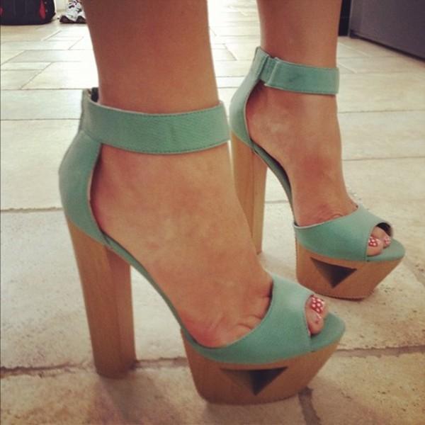 Wooden thick heel sandals