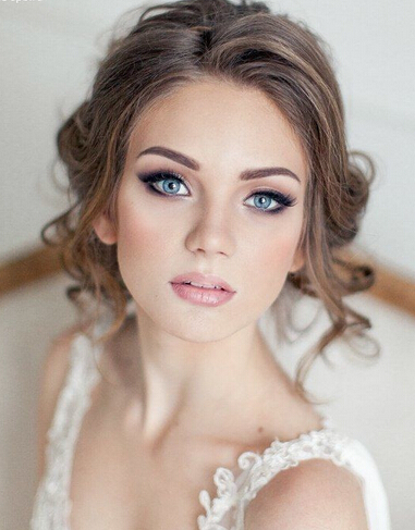 Bridal Makeup For Destination Wedding : 20 Gorgeous Bridal Hairstyle and Makeup Ideas for Women ...