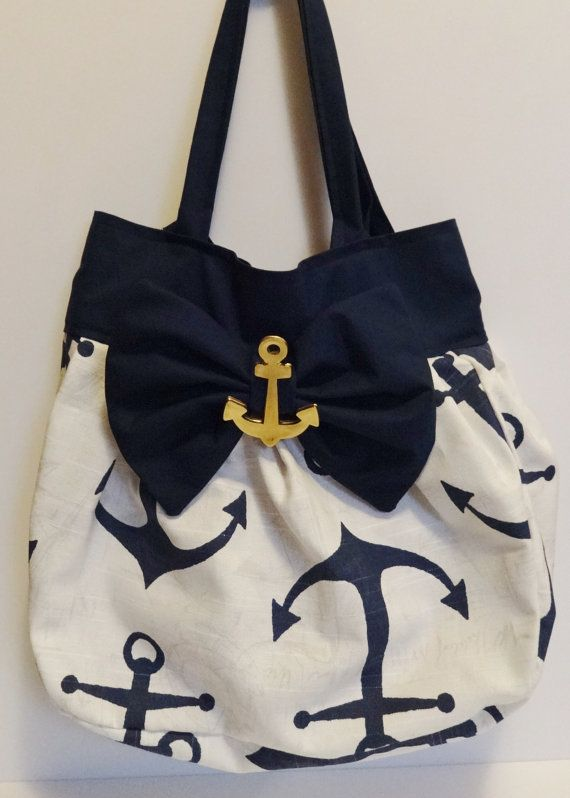 Anchors purse