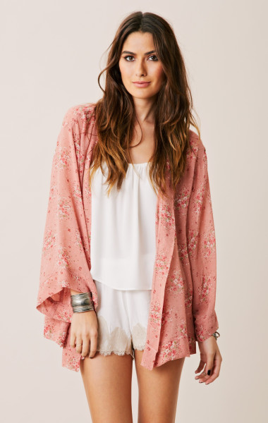 Bubblegum pink kimono