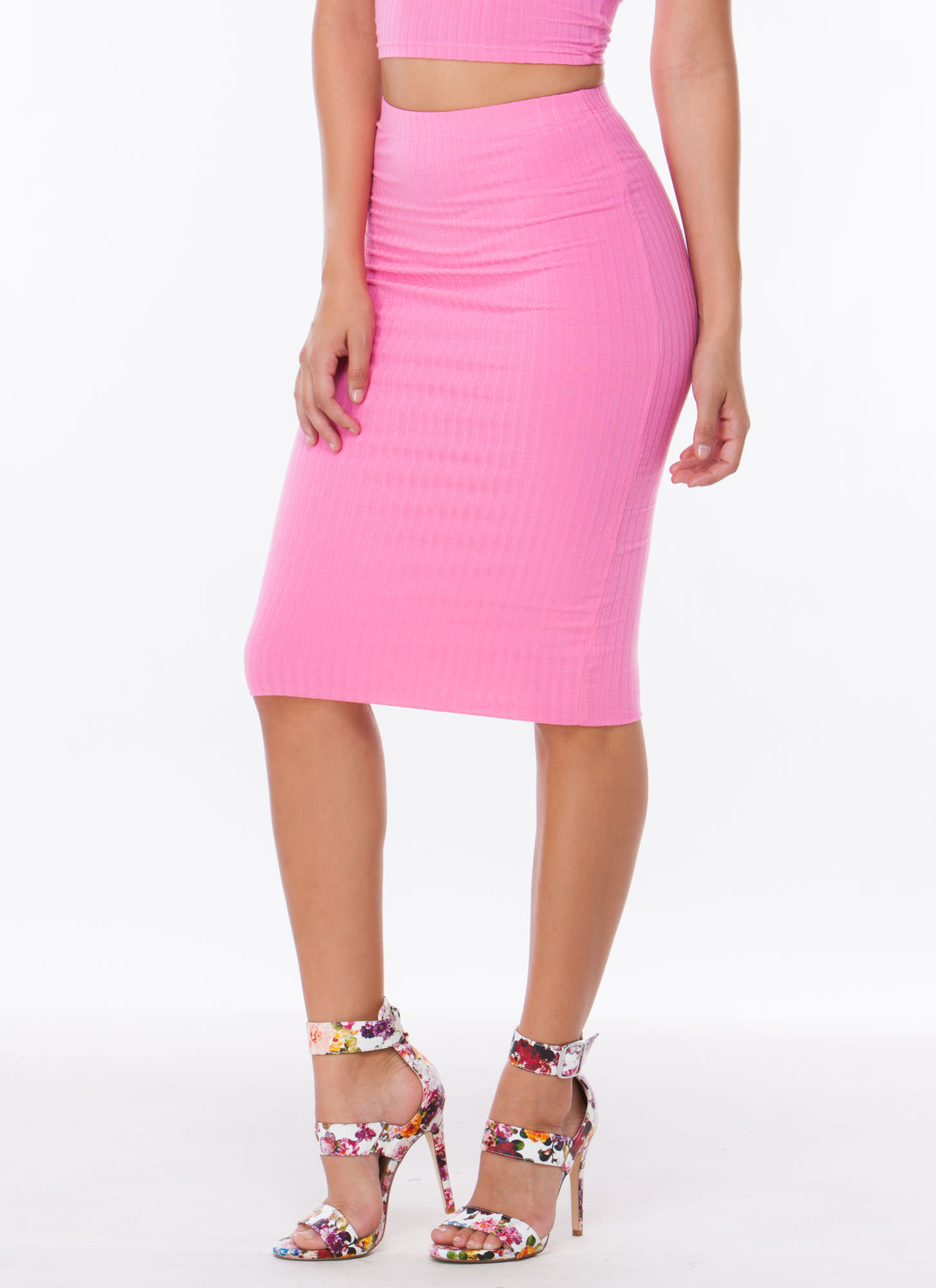 Bubblegum pink pencil skirt