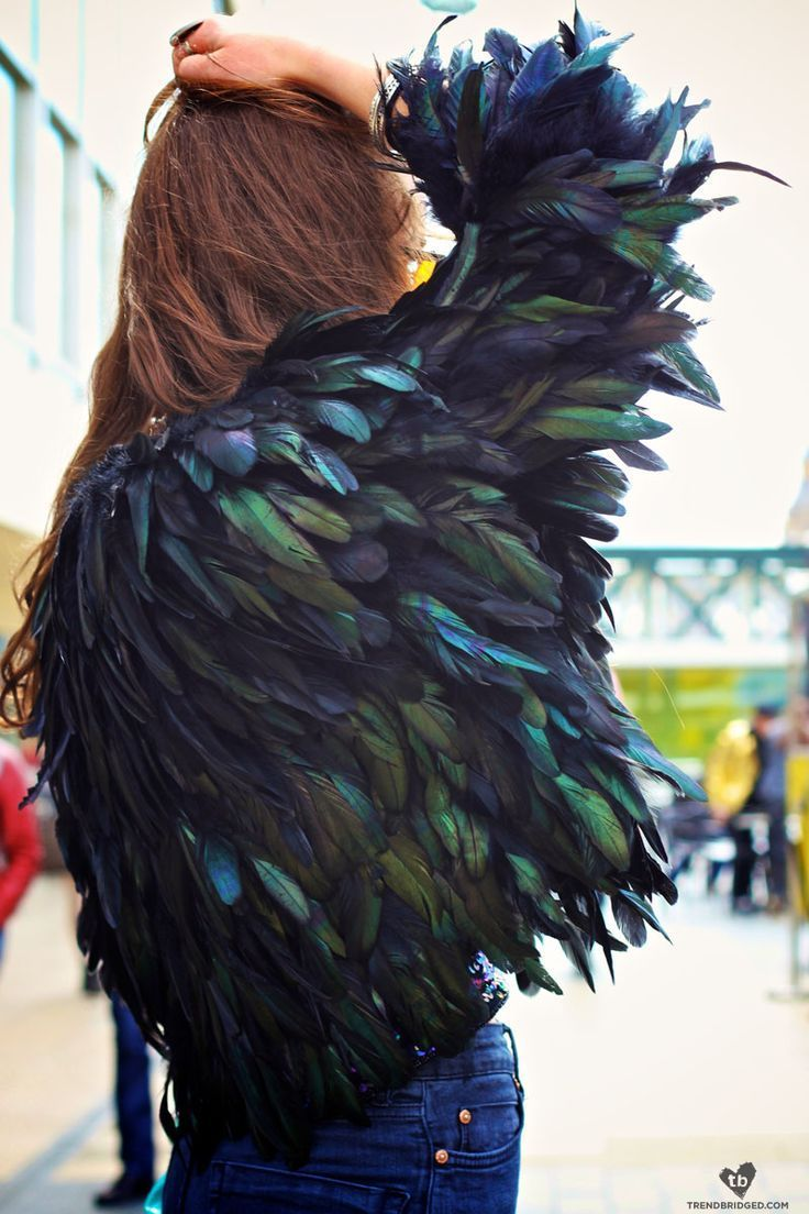 21 Ways to Wear Feathers | Styles Weekly