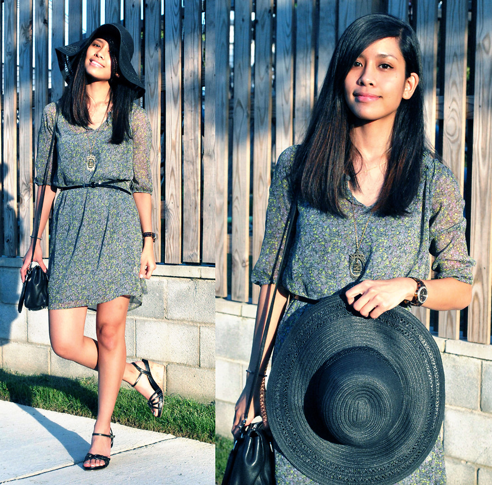Floppy hat with floral dress