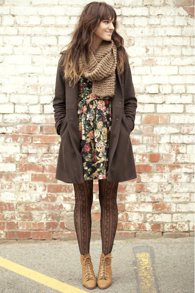 Floral mini dress and pattern tights
