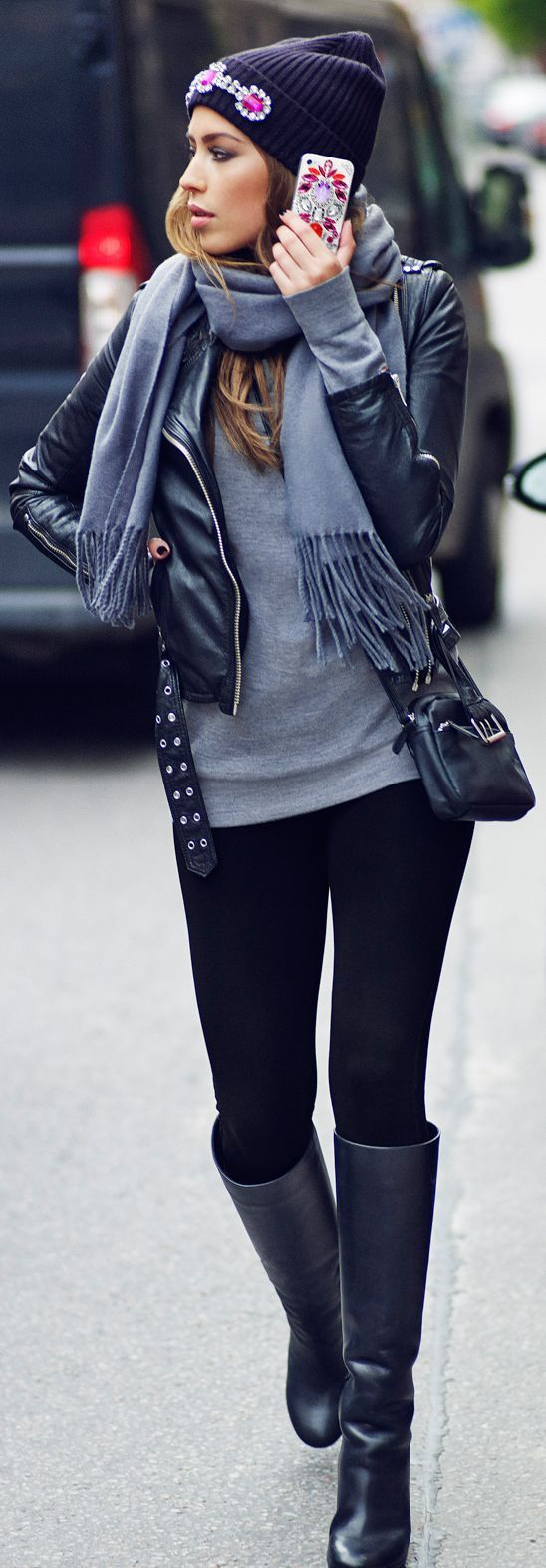 Grey long sleeve shirt and black leggings