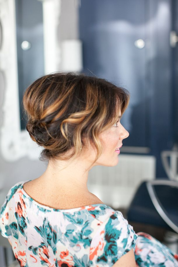20 great updo styles for short hair styles weekly half hair pulled back solutioingenieria Choice Image