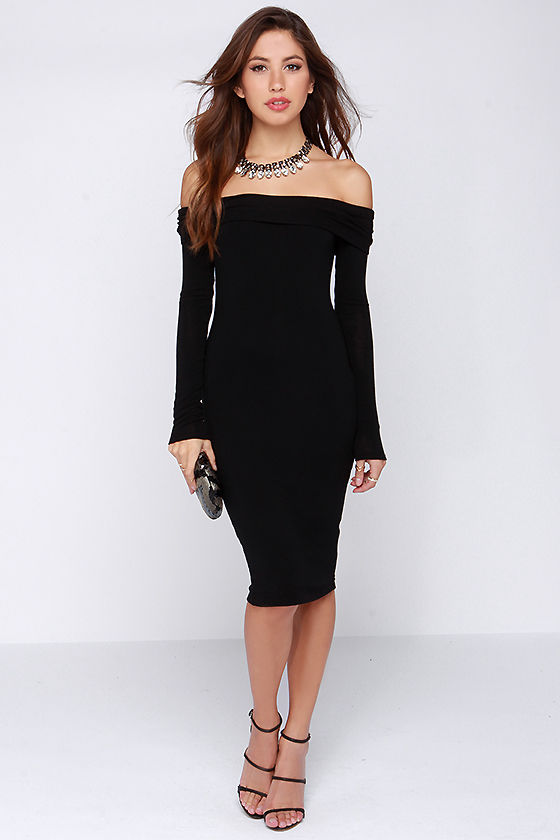 25 Wonderful Off Shoulder Dresses to Try  39984f70bd03