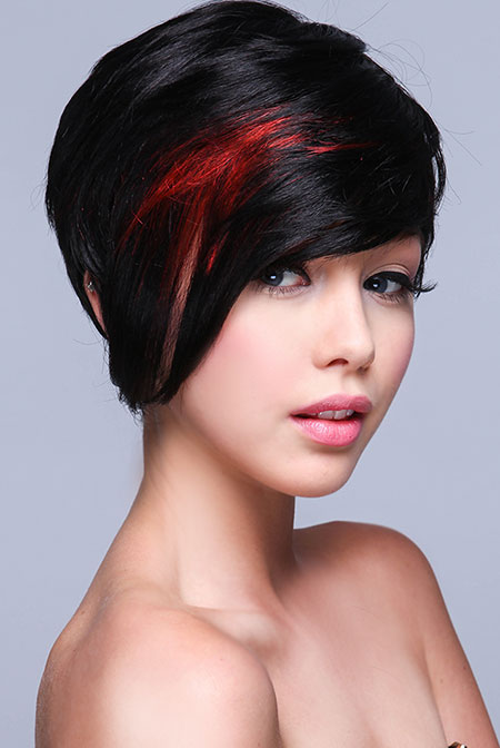 Long asymmetrical pixie