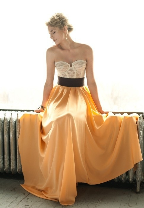 Maxi skirt and bustier