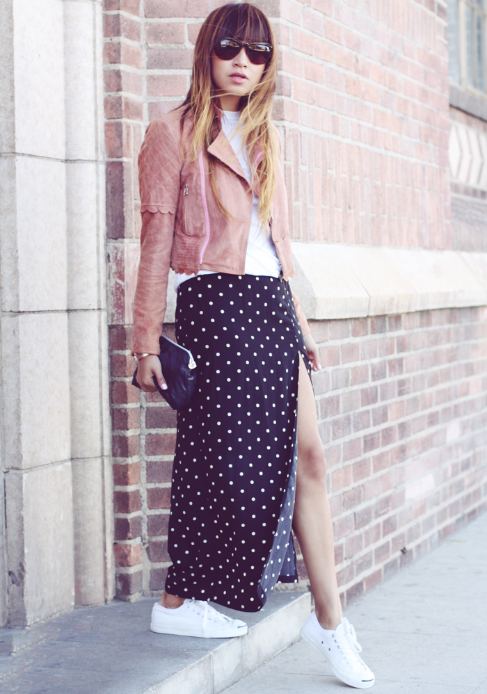 Maxi skirt and canvas sneakers