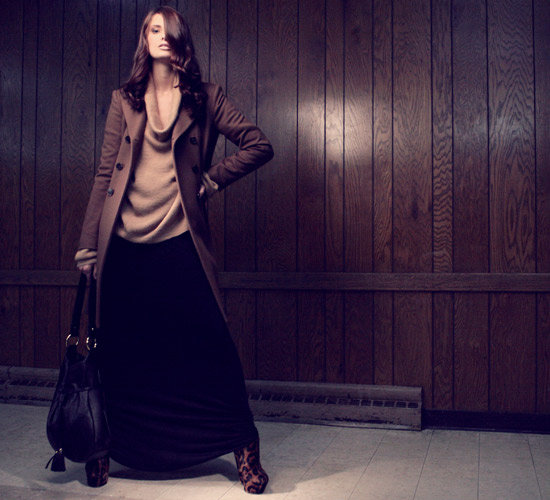 Maxi skirt and long cashmere coat