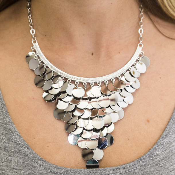 Metallic silver necklace