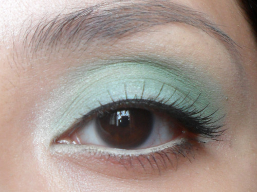 Mint green eyeshadow
