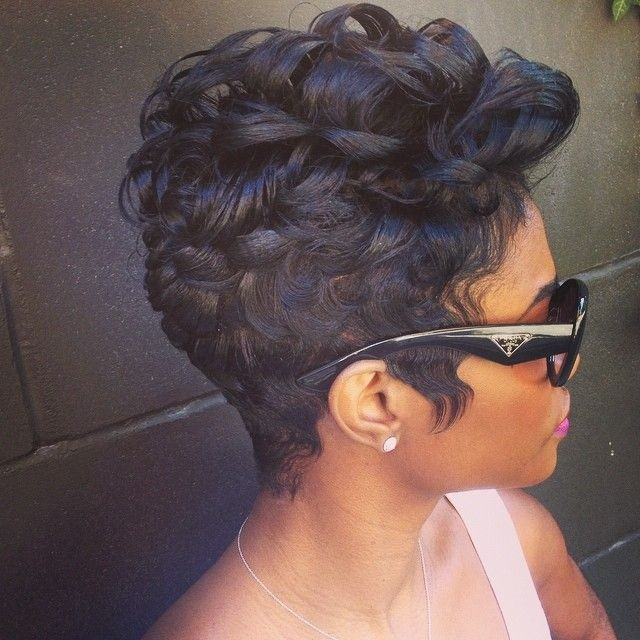 Short pin curls 'do