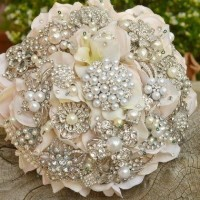 Silver brooch bouquet