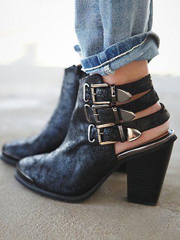 Strap mule booties