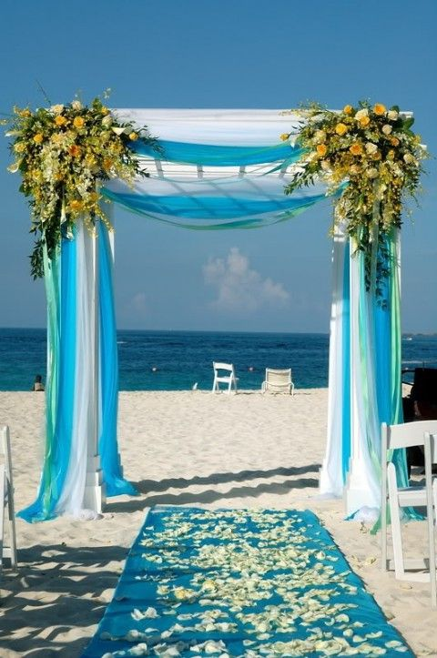 Turquoise beach wedding decor