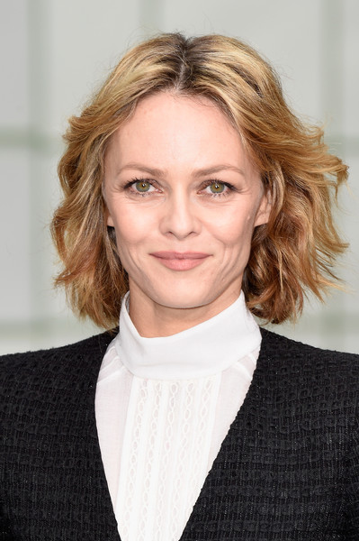 Vanessa Paradis Center-parted Wavy Hair