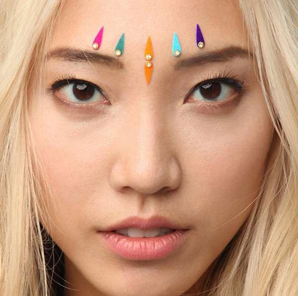 20 Eye-Catching Face Embellishments