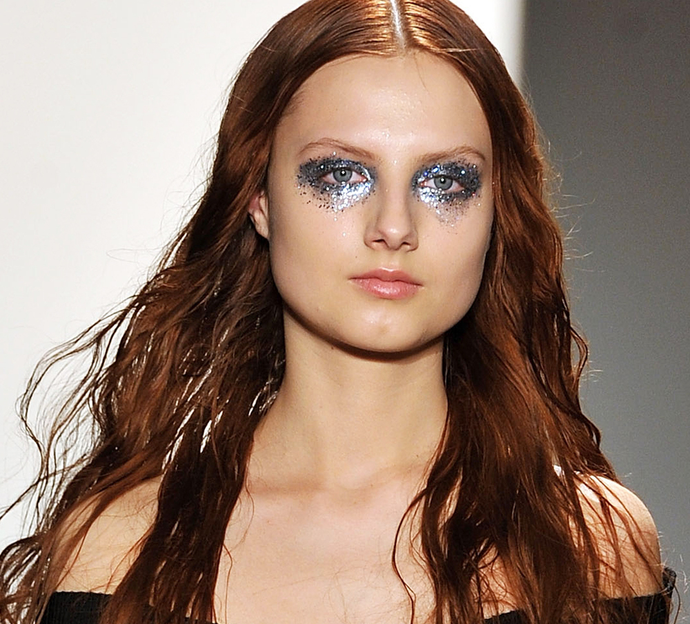 20 Eye-Catching Face Embellishments