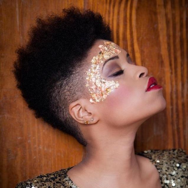 21 Eye-Catching Face Embellishments