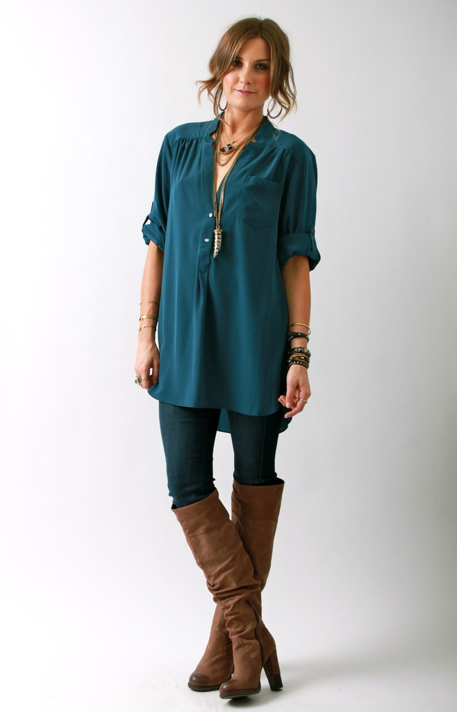 21 Stunning Ways to Wear Teal This Fall