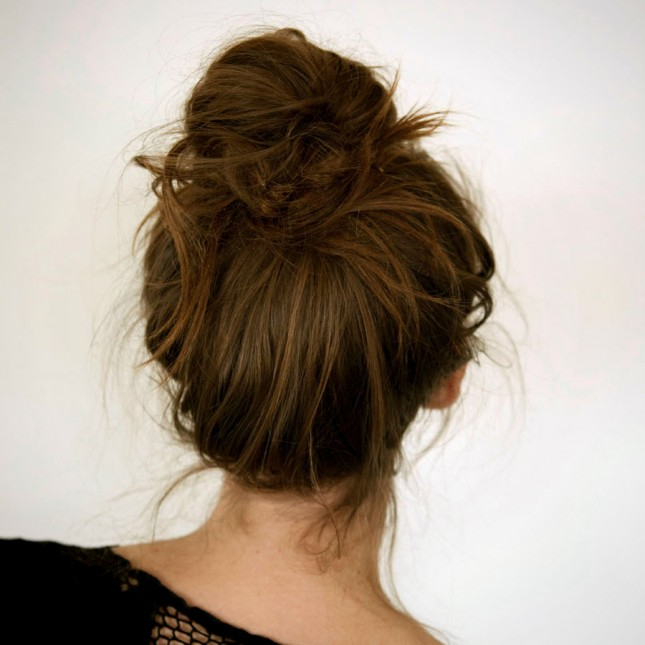 22 Fashionable Ways to Wear a Bun This Fall Season