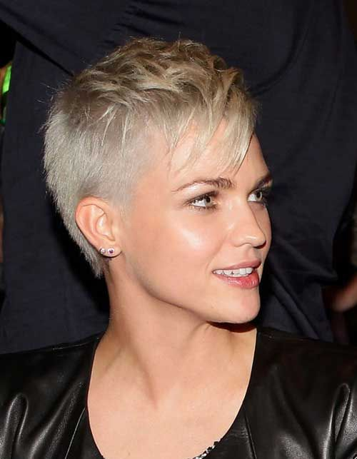 21 Gorgeous Super Short Hairstyles for Women | Styles Weekly