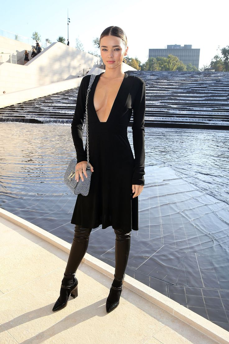 22 Sexy Plunging Neckline Looks for This Fall/Winter