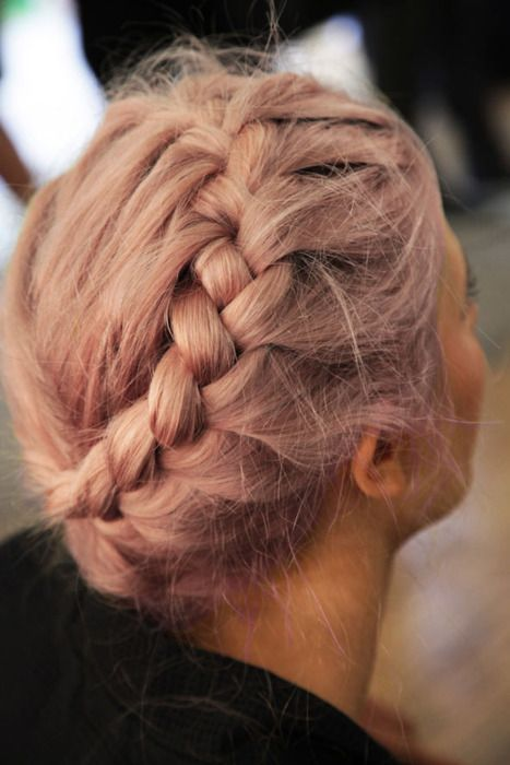 223 Awesome Hairstyles in Winter's Hottest Colors