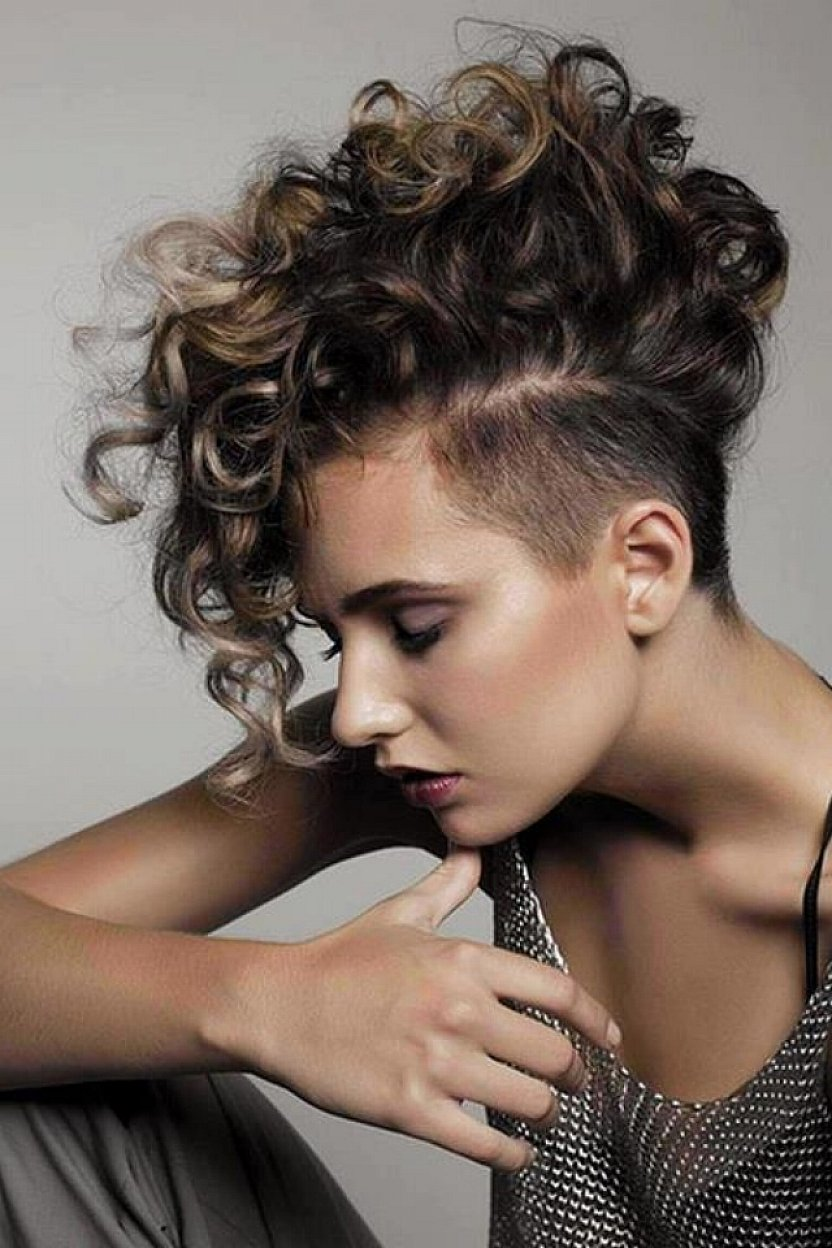 Excellent 24 Cool Looking Short Hairstyles For Summer Styles Weekly Short Hairstyles For Black Women Fulllsitofus